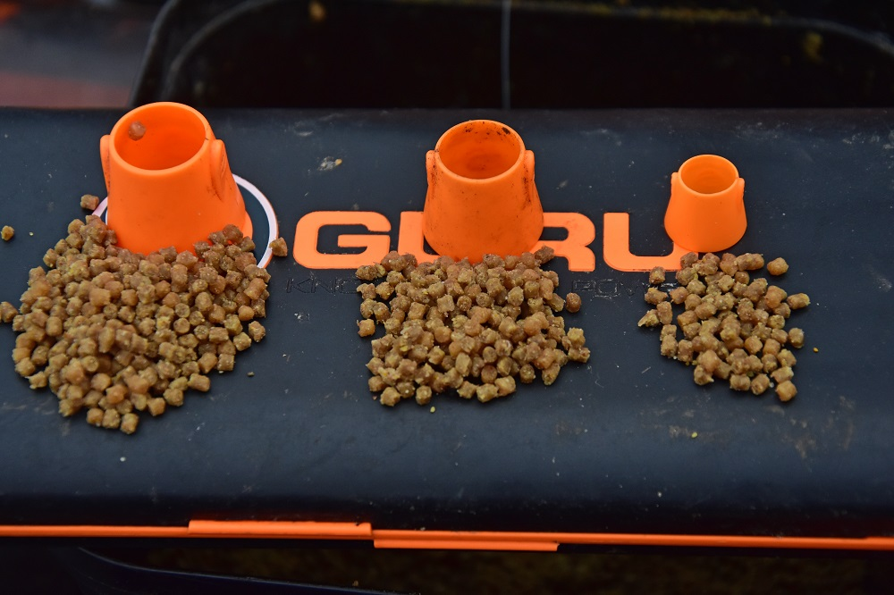 amount of bait in pellet cones
