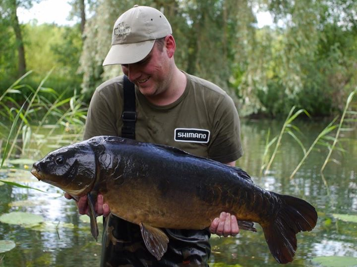 Fantastic haul of big fish for Monster Carp star Tom Dove   News ...