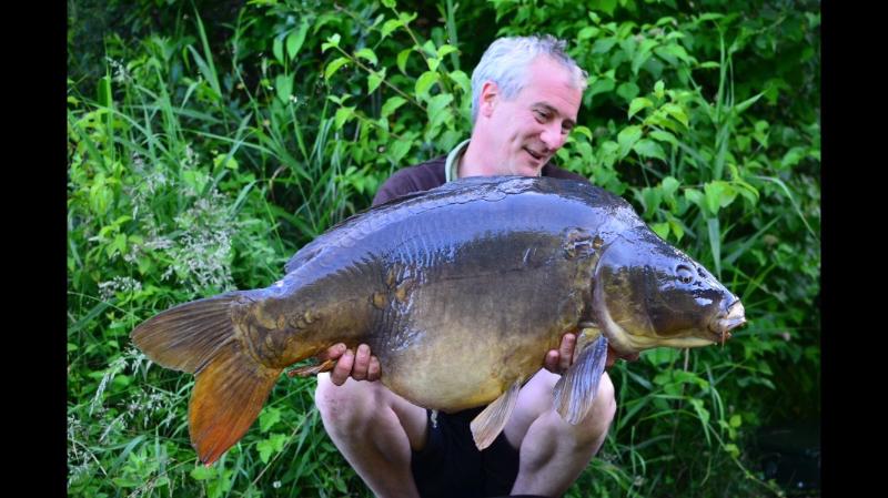 Michael Ruthven carp on dynamite baits
