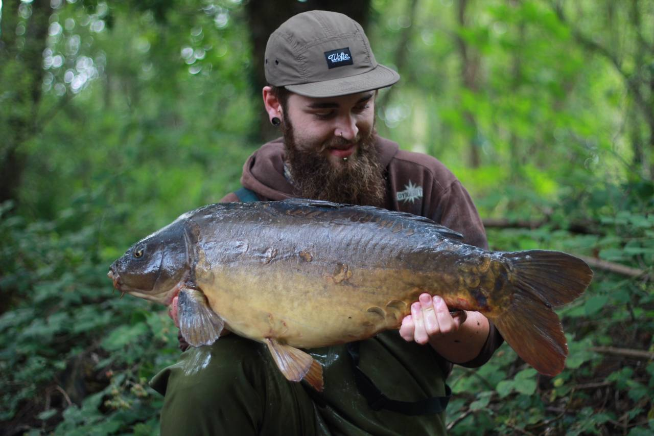 fell foul of a orange complex t dumbbell fished in the margin rod