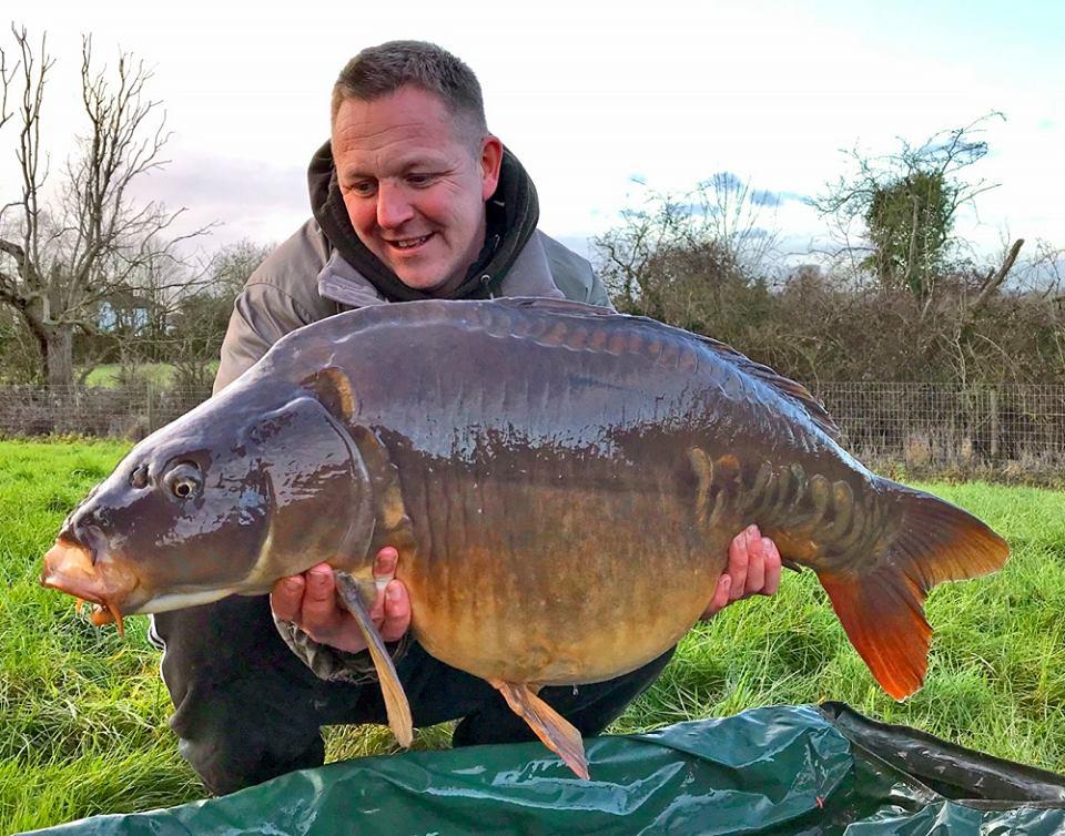 Craig McEvoy half lin monument carp