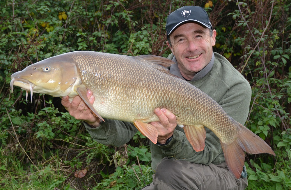 Adrian Eves with his 19lb 10oz Crave Boilie caught barbel