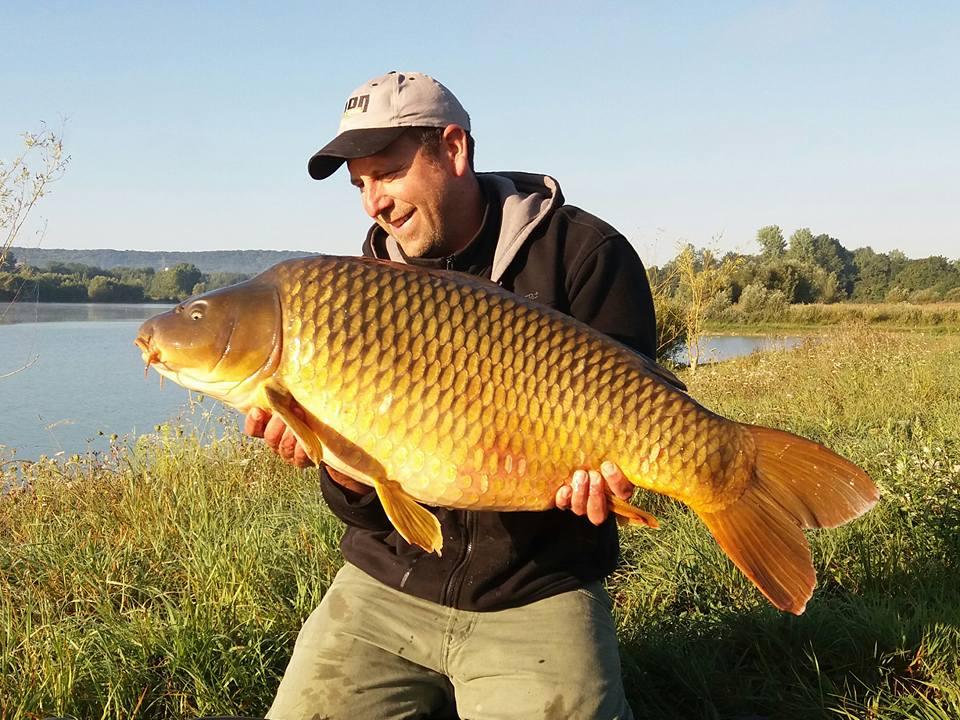 CARP FISHING ETANG 52