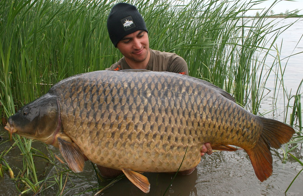 Kristof Cuderman locate fish when carp fishing