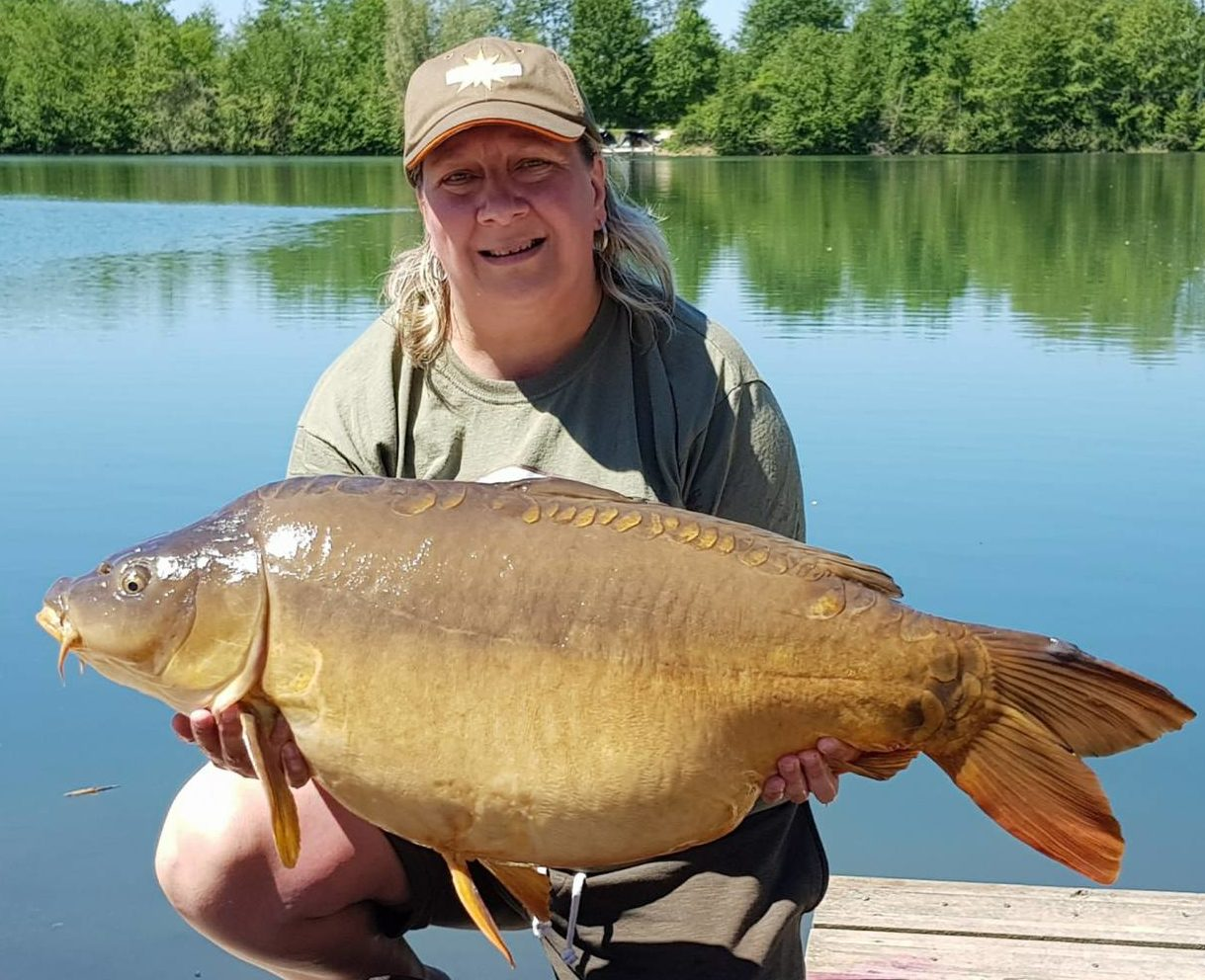 tania williams 41lb crete lakes carp on the crave