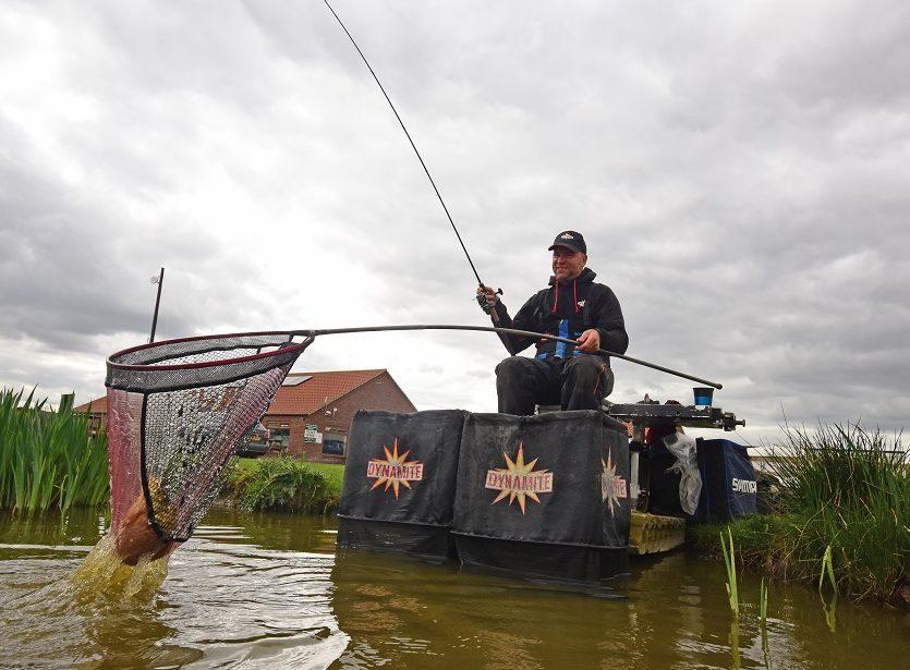 Nick Speed Method feeder fishing1