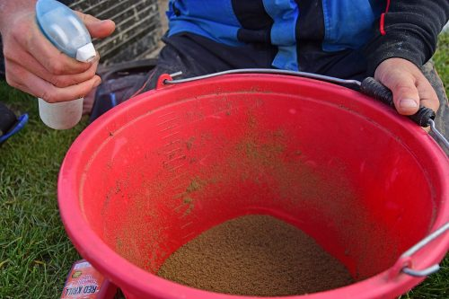 Step 8 - use an attomiser full of water and flavour throughout the session if the bait drys out slighty