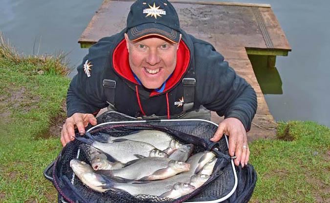 Andy may sloppy groundbait skimmer fishing