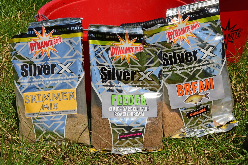 Ian's winning tidal groundbait mix, combined in equal measures