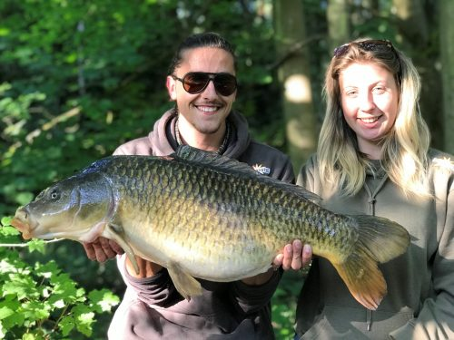 CLIVE AND PASCAL CANAL LIFE carp fishing video