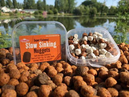 slow sinking nuggets pellets are great to fool carp off the top
