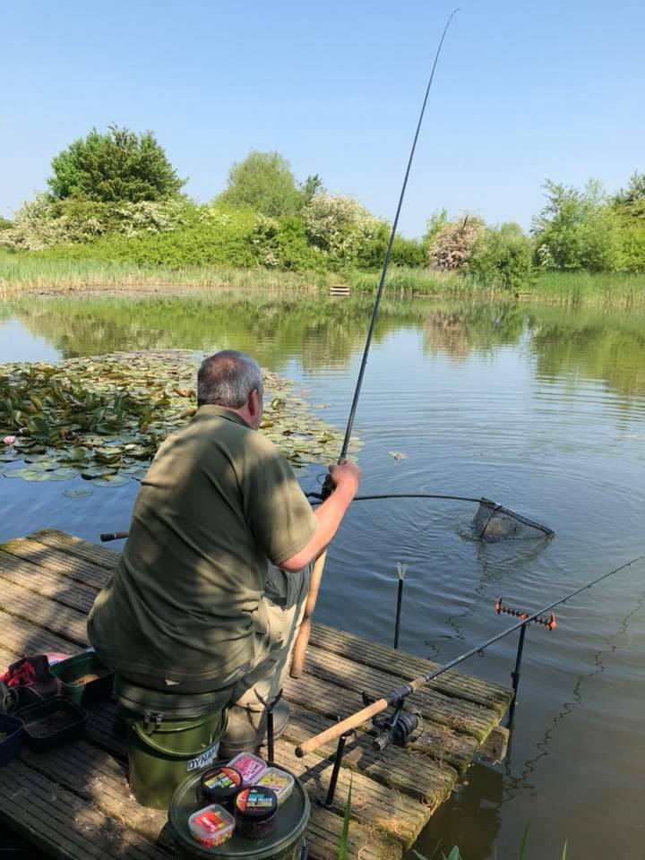 tony gibson spring tench fishing on the pits