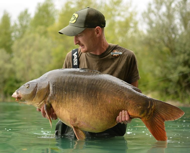 ross ryder carp fishing trip to marne valley france