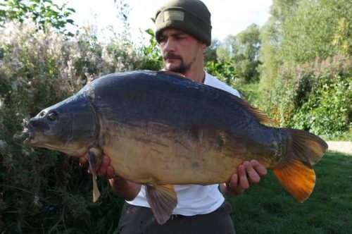 Reece Lawrence, 29lb 5oz, Hunts Corner, Linear Fisheries, The Crave