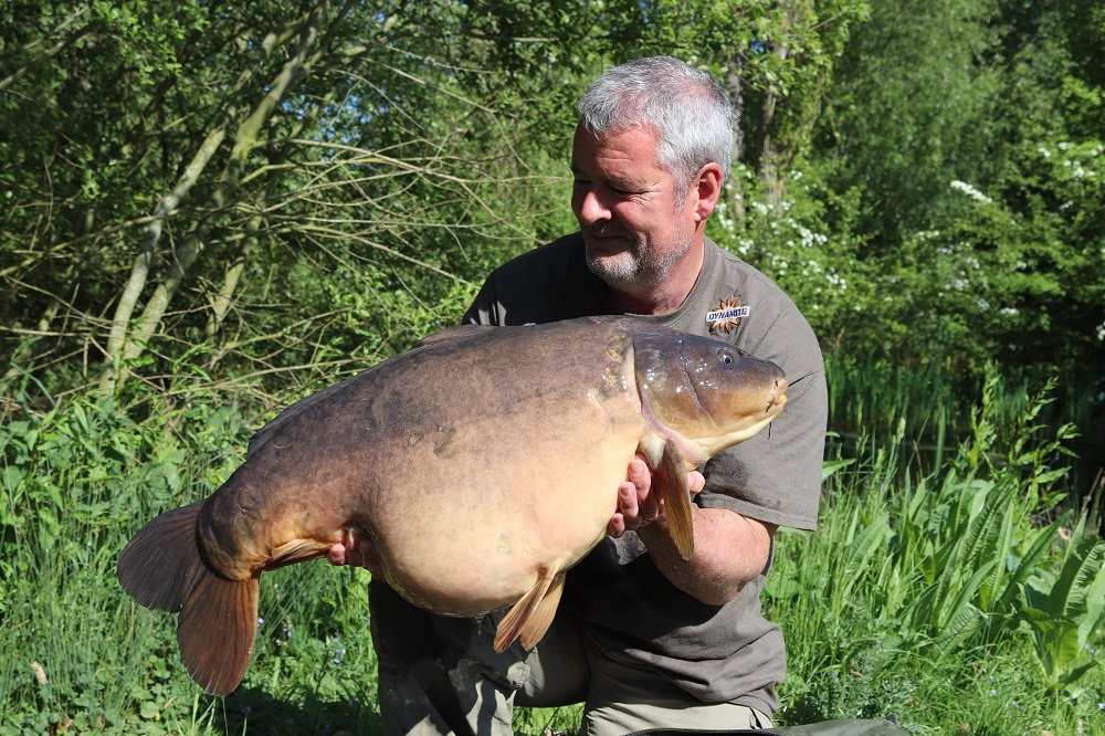 bluebell lakes mirror carp for tony gibson