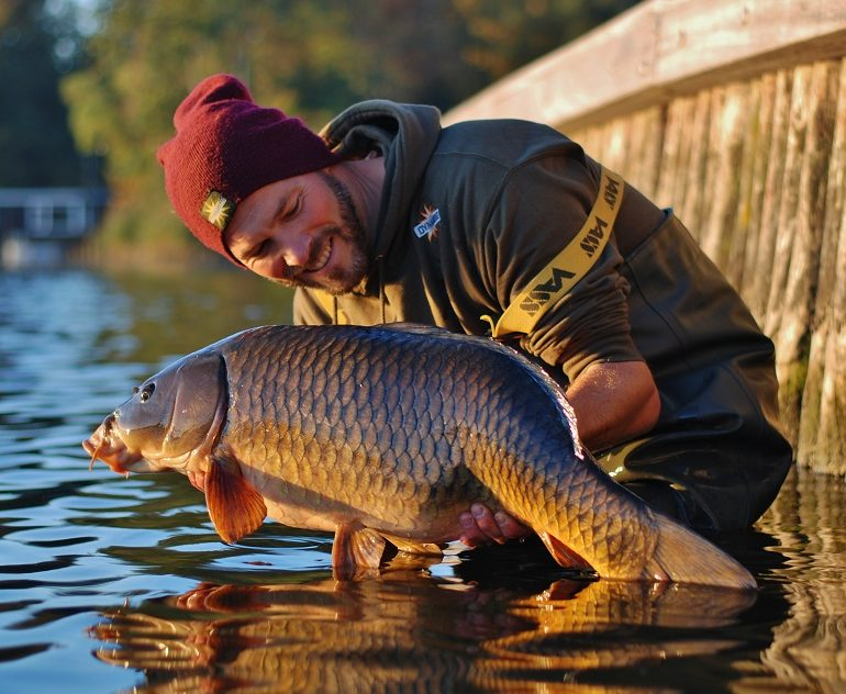remond van dyke dutch canal carp