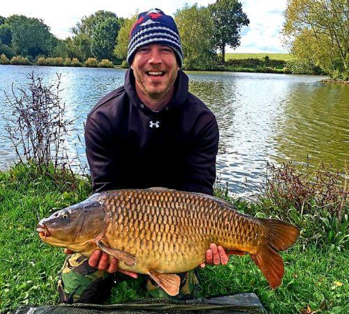 mark garratt, hopsford hall fisheries, 27lb carp on dynamite robin red