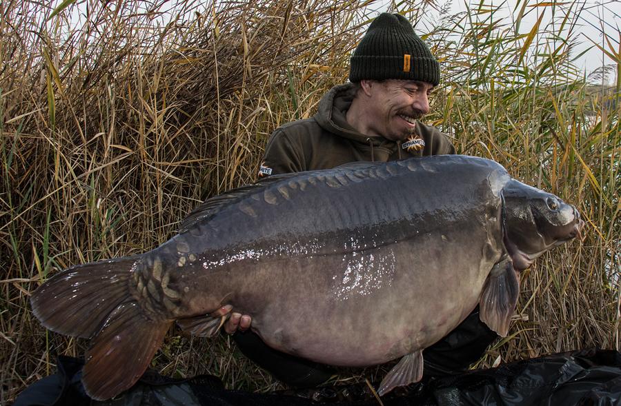 DYNAMITE BAITS BIG FISH River Paste-tous types