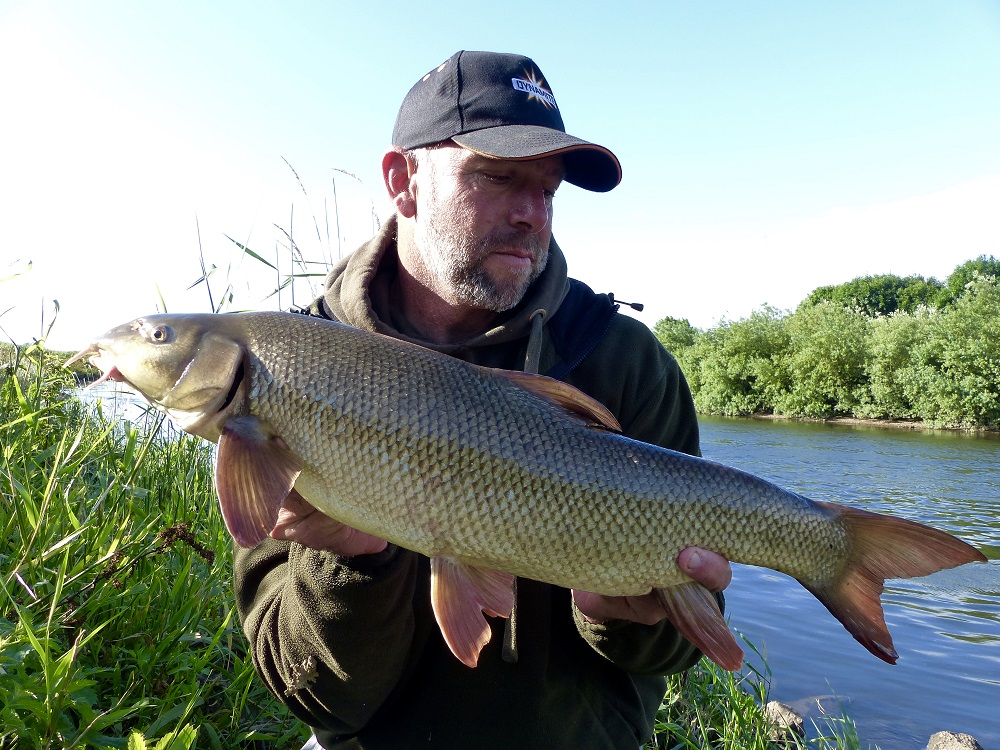 Paul elt barbel fishing tips