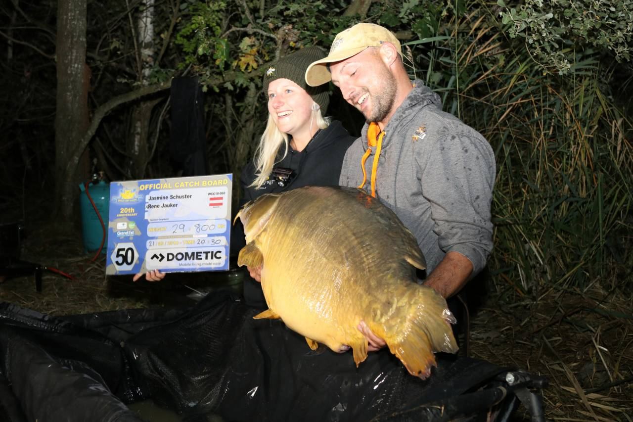 Jasmine Schuster & Rene Jauker record wcc fish 29.8kg