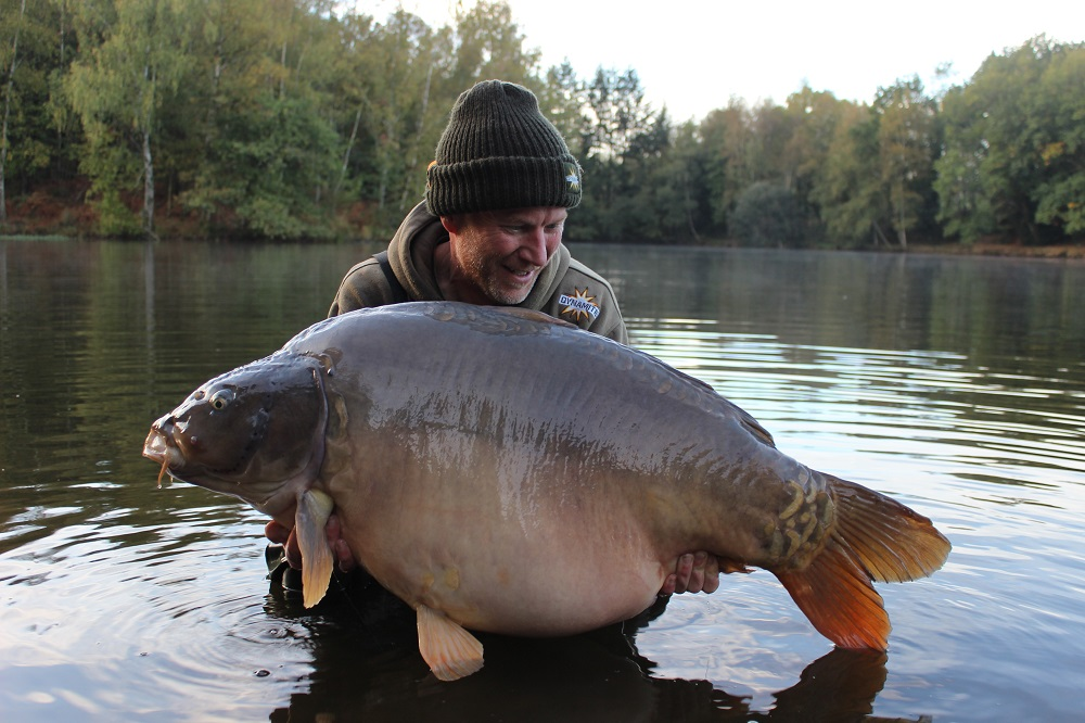 phil kingsbury 62lb french carp on monster tiger nut