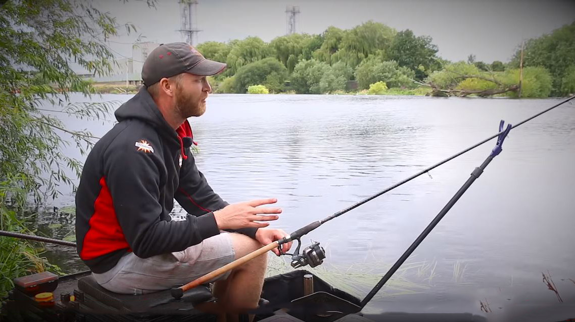 rob wootton how long hooklength when river fishing for barbel