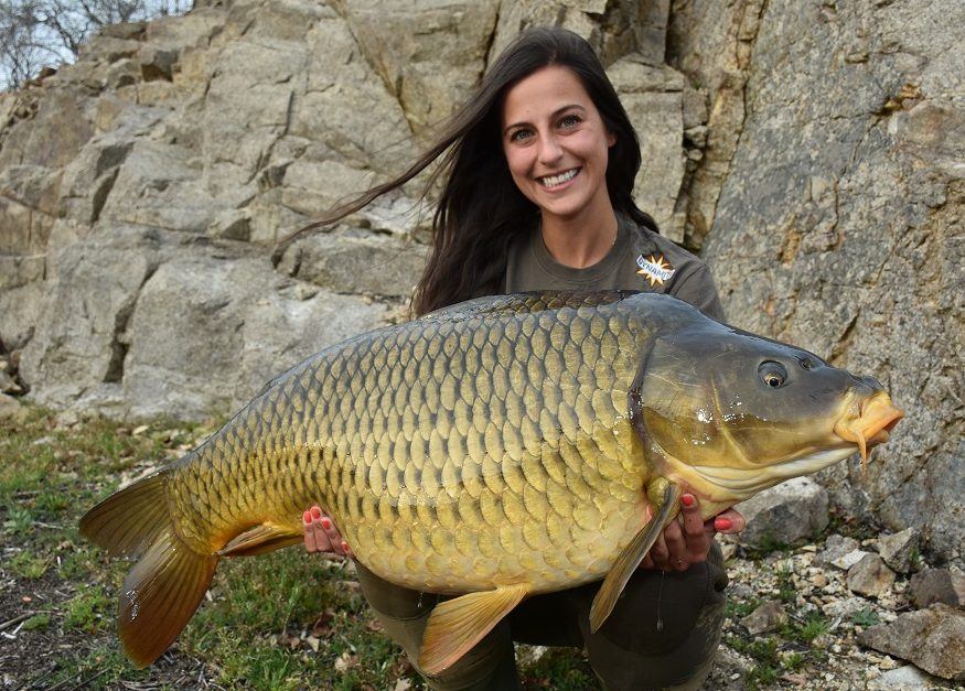 claudia darga french carp fishing trip