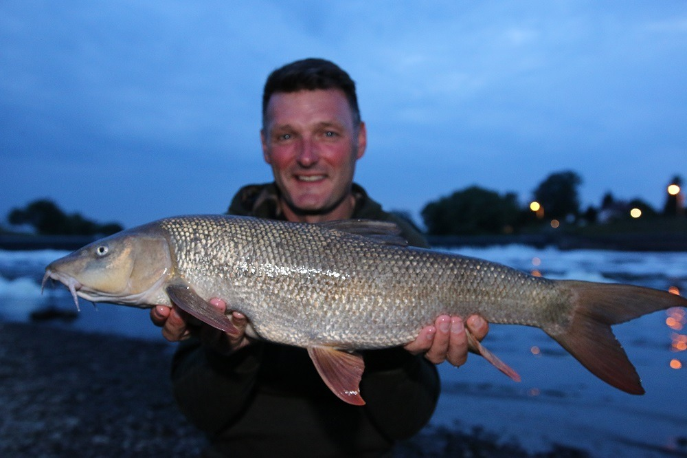 rob hughes new pb barbel