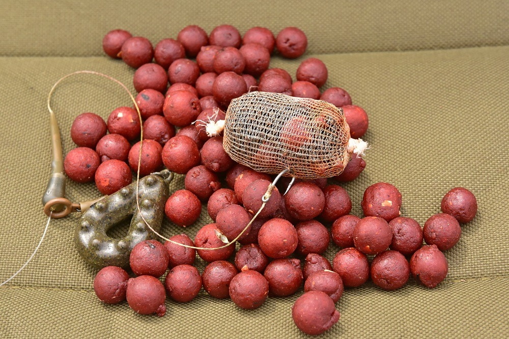 fishmeal boilies and pellets for barbel