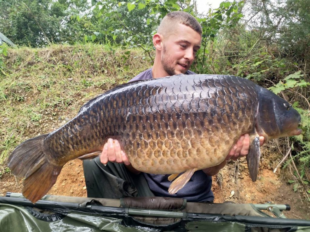Dan Papworth, 27lb, Richmond Lakes, Red Amo