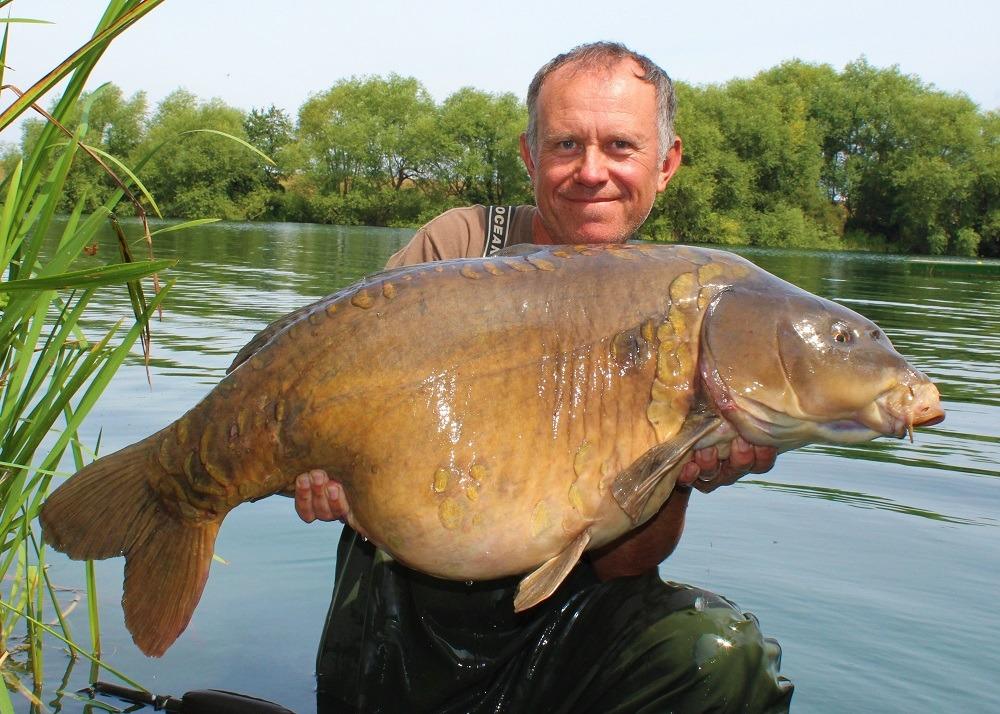 4 - UK 42lb carp Daisy dan cleary