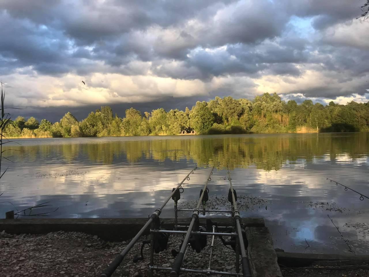 etang de bows carp fishery france
